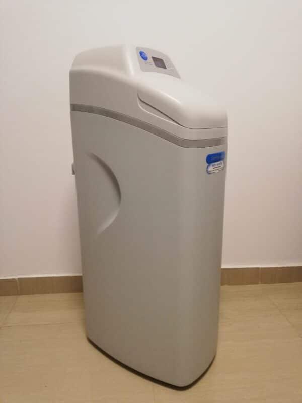 Statie ecomix Compact Premium 30 litrii rasina debit 1,3 mc/h