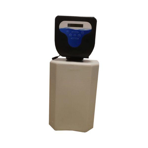 Dedurizator apa Aqua Mini 8-DM, Debit 0.5 mc/h, Capacitate filtrare 4.300 litri, Cartus din Rasina Cationica - AquaFilters.ro