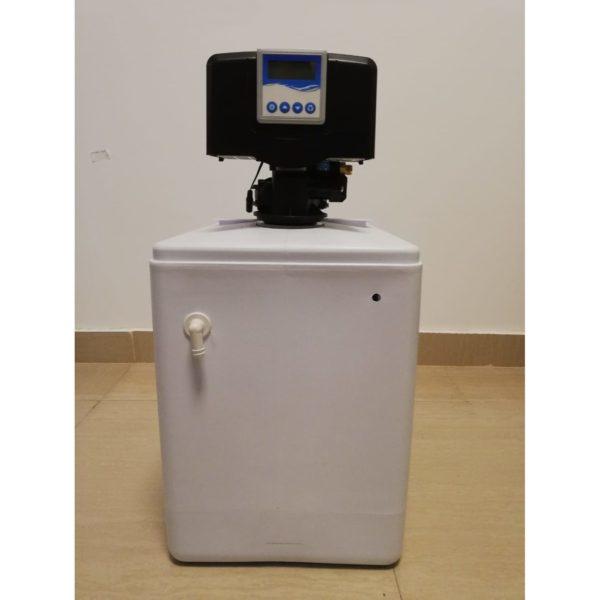 Dedurizator apa Aqua Mini 10-E14M, Debit 0.6 mc/h, Capacitate filtrare 10.400 litri, Cartus din Rasina Cationica - AquaFilters.ro